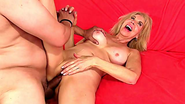 Mature moms rough sex naked