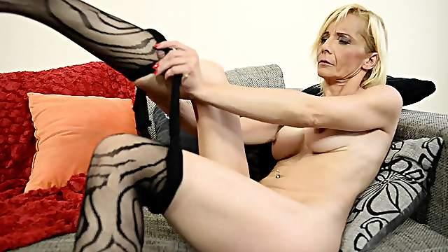 Free big butt women porn clips
